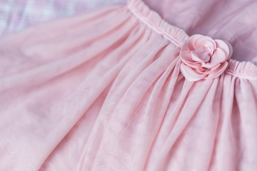 kaboompics-com_closeup-of-female-pink-dress