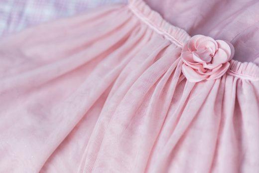 kaboompics-com_closeup-of-female-pink-dress